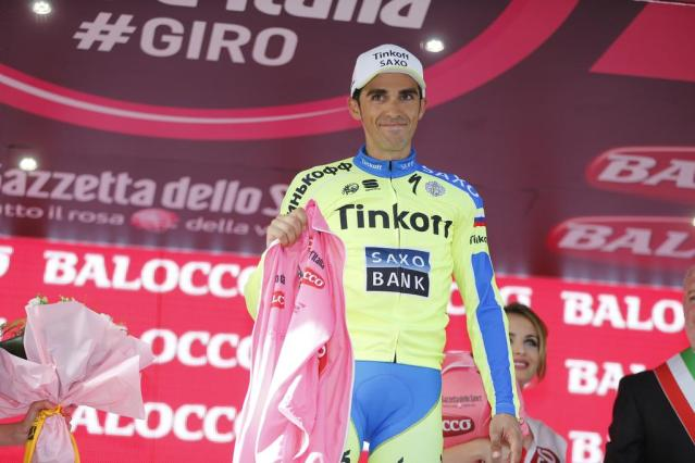 Giro 2015 stage 6 Daniele Colli'nin kazası sonrası Alberto Contador