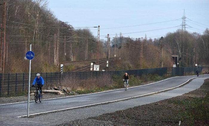 Almanya'dan 100 Kilometrelik Bisiklet Otobanı - 04